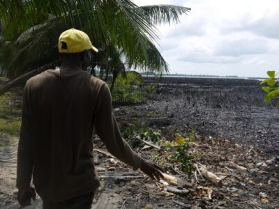 Massive Nigerian oil spill goes unreported
